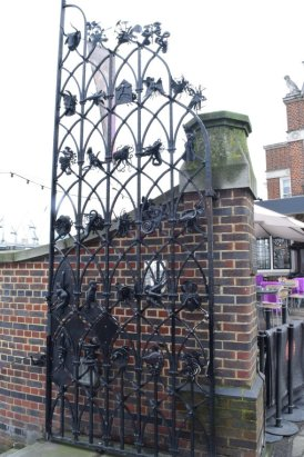 the globe gate