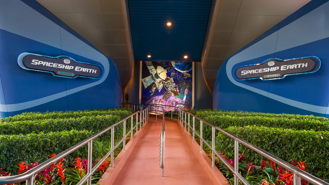 spaceship-earth-gallery01