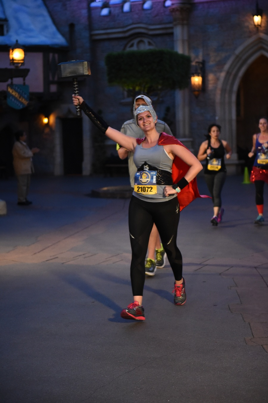 rundisney_dlrmaraaction15_20161113_7860815475